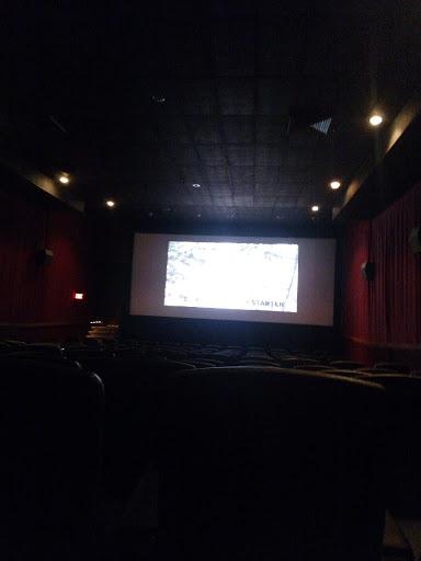 Movie Theater «Carmike Cinemas», reviews and photos, 2101 Broadway Ave #5, Yankton, SD 57078, USA