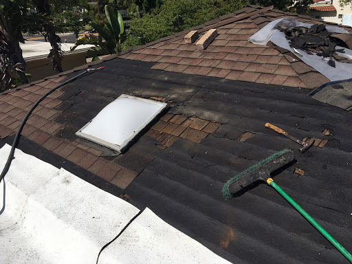 Certified Roofing Specialists in Santa Ana, California