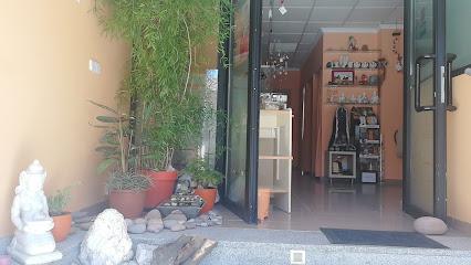 imagen de masajista Shambhala Ávila