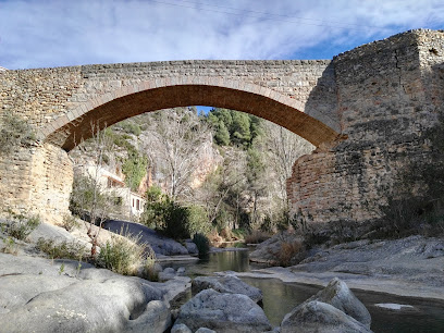 Fuente Del Baño