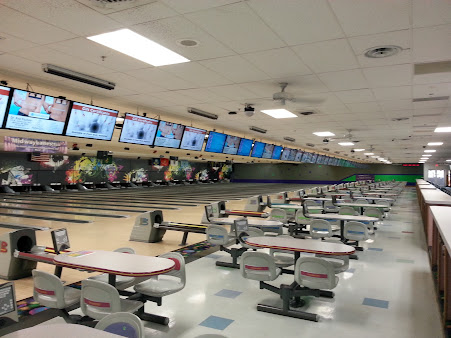 Midway Lanes Club & Trophy