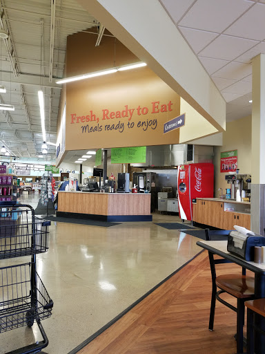 Grocery Store «Family Fare Supermarket», reviews and photos, 2605 8th St S, Moorhead, MN 56560, USA