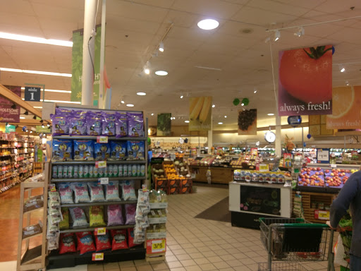 Grocery Store «Giant Food Stores», reviews and photos, 2910 Springfield Rd, Broomall, PA 19008, USA