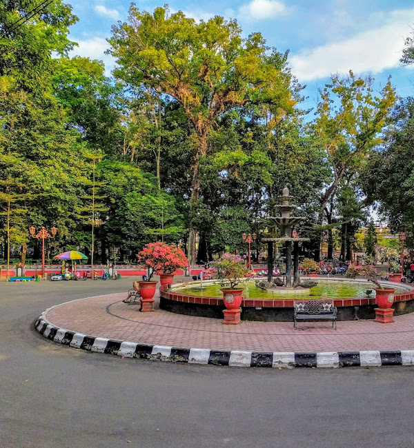 Taman Kebon Rojo