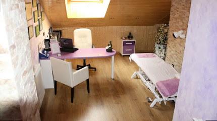 imagen de masajista Centro de masajes Isabel Renuncio