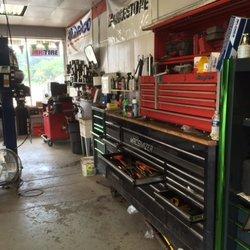 Auto Repair Shop «Franklin Auto Service», reviews and photos, 32725 Franklin Rd, Franklin, MI 48025, USA
