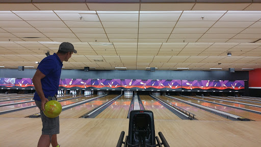 Bowling Alley «AMF Kissimmee Lanes», reviews and photos, 4140 W Vine St, Kissimmee, FL 34741, USA