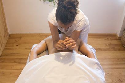 imagen de masajista Ananda Masaje Consciente
