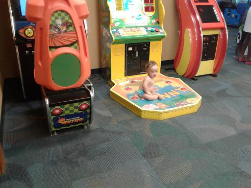 Water Park «Palm Island Indoor Waterpark», reviews and photos, 8250 Park Rd, Batavia, NY 14020, USA
