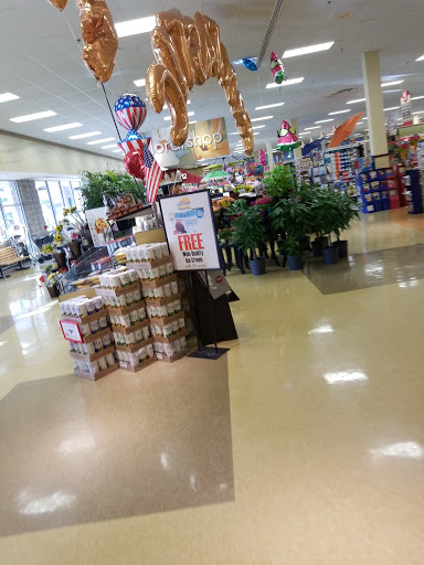 Supermarket «Weis Markets», reviews and photos, 121 Water St, Newton, NJ 07860, USA