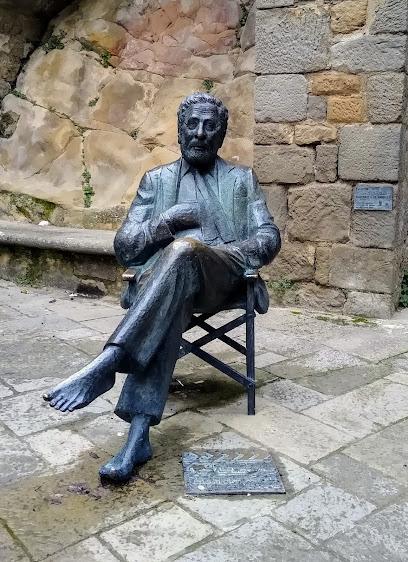 Estatua a Luis García Berlanga