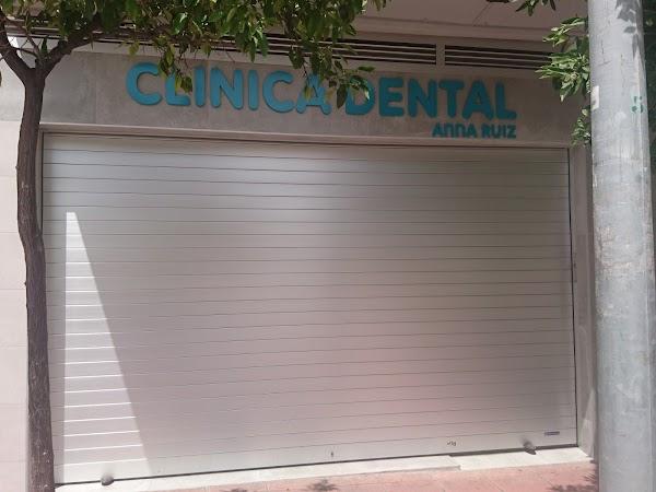 CLINICA DENTAL ANNA RUIZ