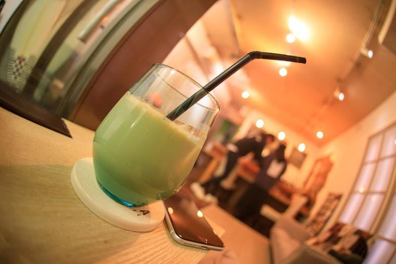 名古屋本山・覚王山シーシャカフェ【shisha cafe Siesta】インスタ映え()()