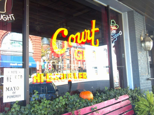 Restaurant «Court Street Grill», reviews and photos, 112 Court St, Pomeroy, OH 45769, USA