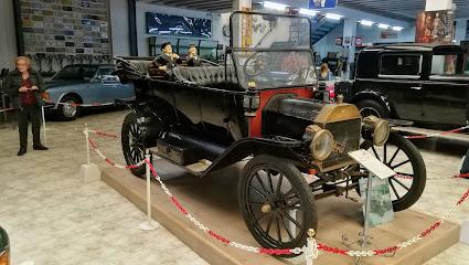 Museu Cotxes d'Època Marc Vidal