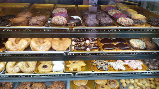 Donut Shop «Horseshoe Donuts», reviews and photos, 2593 Airport Rd, Colorado Springs, CO 80910, USA
