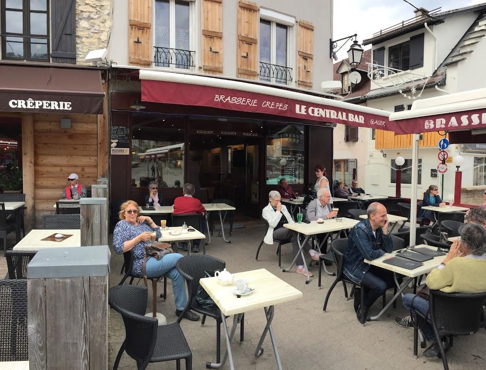 photo du resaurant Le Central Bar - Villard de Lans