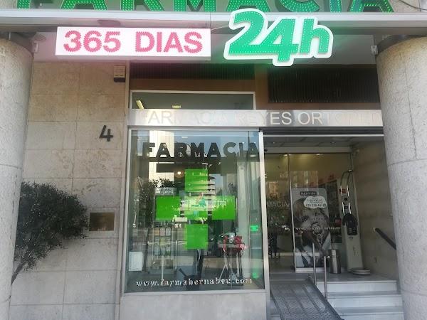 Farmacia 24h Bernabeu Ldo. Miguel Reyes