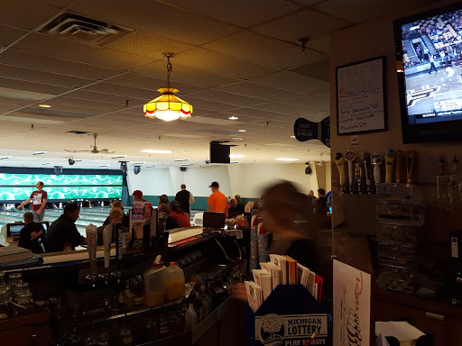 Bowling Alley «River Rock Lanes and Banquet Center», reviews and photos, 1011 N Rd, Ishpeming, MI 49849, USA