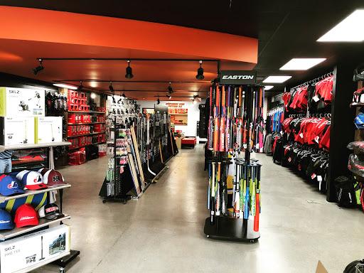 Camping Store La boutique Rover sports in Sainte-Marie (QC) | CanaGuide