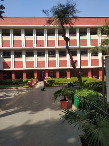 Hansraj College - University of Delhi-img