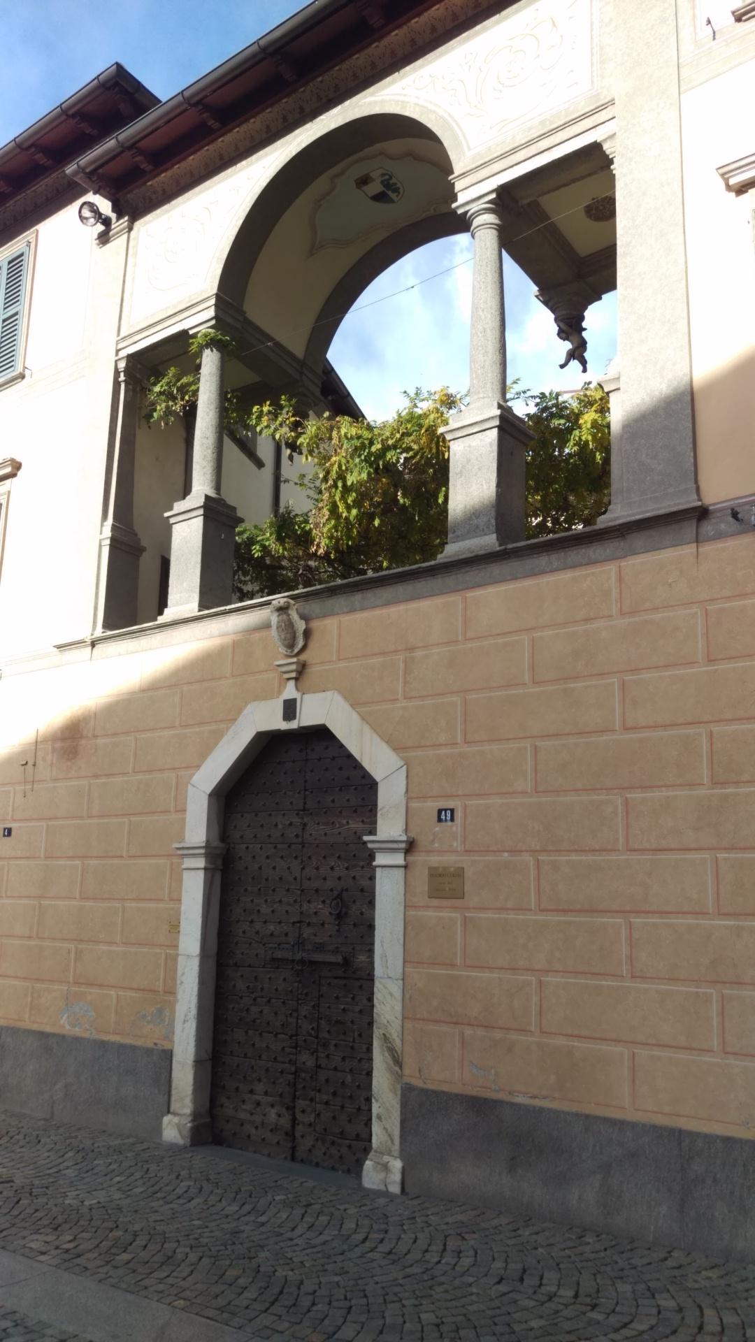 Palazzo Quadrio-Curzio