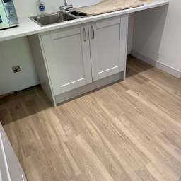 Searching for Flooring Contractor in Blossomfield