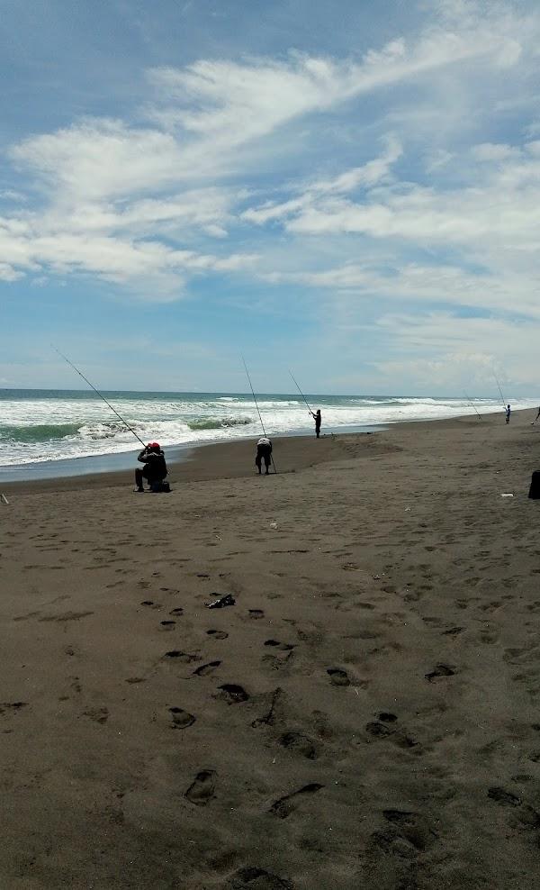 Pantai Jatikontal