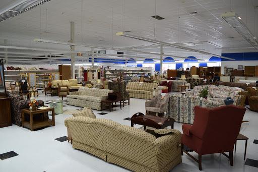 St Vincent De Paul Thrift Store Waukesha, 818 W Sunset Dr, Waukesha, WI 53186, Thrift Store