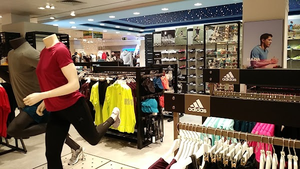 adidas Shop-in-Shop Valencia ECI Pintor Sorolla