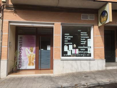 imagen de masajista Centro Indigo, Masajes - Osteopatia - Flores de bach-Terapias en Toledo