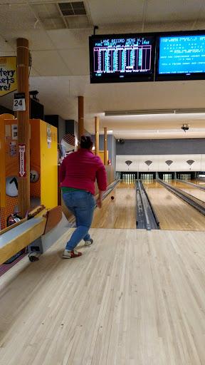 Bowling Alley «King Bowling Lanes», reviews and photos, 751 Mast Rd, Manchester, NH 03102, USA