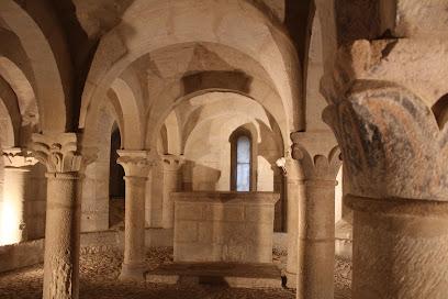 Iglesia y Cripta de S. Martín de Unx