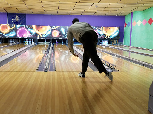 Bowling Alley «Blackiston real bowl», reviews and photos, 1516 Blackiston Mill Rd, Clarksville, IN 47129, USA