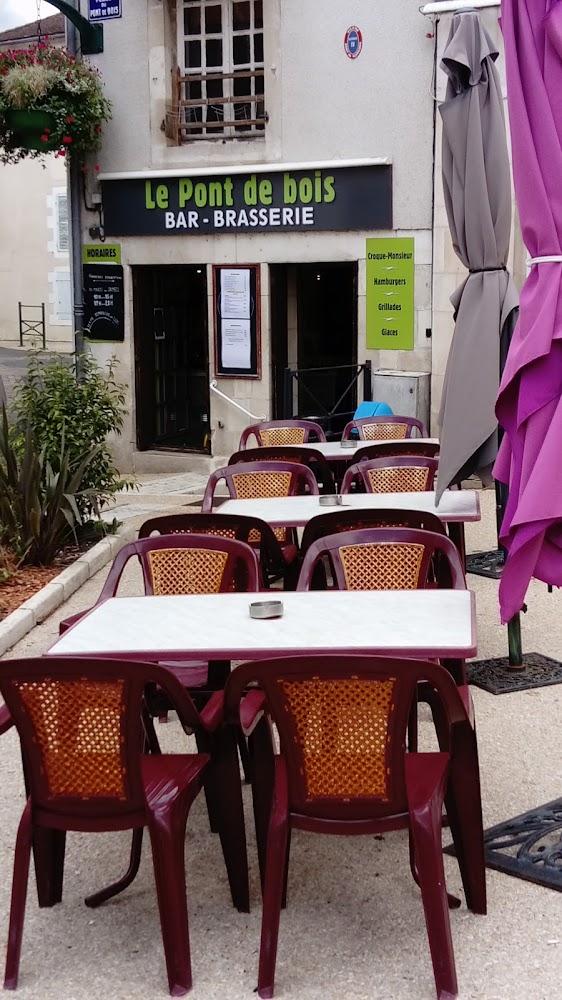 photo du resaurant Café du Pont de Bois