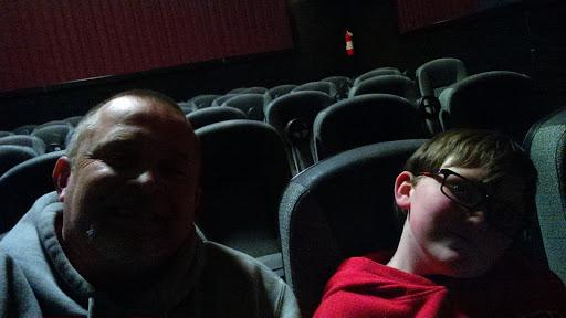 Movie Theater «Regal Cinemas Tullahoma 8», reviews and photos, 2221 N Jackson St, Tullahoma, TN 37388, USA