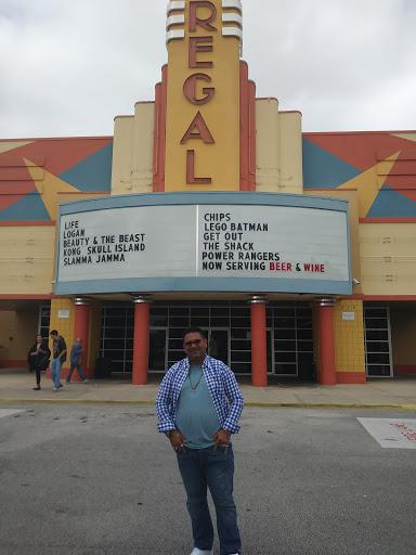 Movie Theater «Regal Cinemas Ormond Beach 12», reviews and photos, 215 Williamson Blvd, Ormond Beach, FL 32174, USA