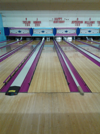 Bowling Alley «Parkland Bowl», reviews and photos, 5700 Silver Hill Rd, District Heights, MD 20747, USA