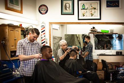 American Deluxe Barber Shop