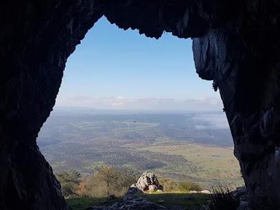 Cueva El Buraco