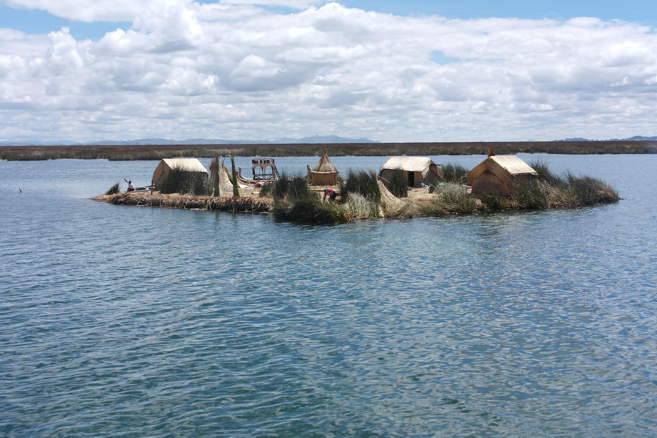 Lago Titicaca | Isla Flotante UROS, Puno, Perú