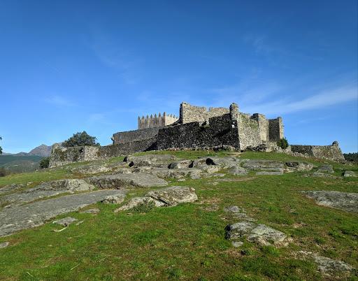 Castelo de Lindoso, 4980-020 Lindoso, Portugal, Abadia, estado Viana do Castelo