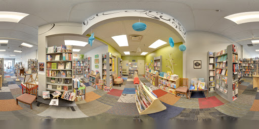Book Store «Plot Twist Bookstore», reviews and photos, 502 N Ankeny Blvd, Ankeny, IA 50023, USA