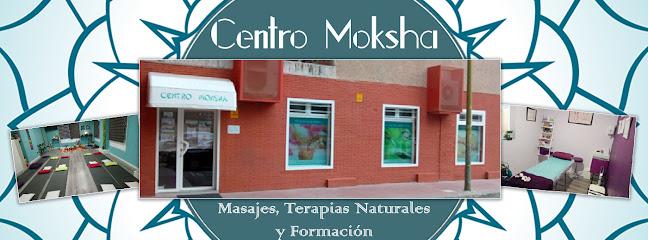 imagen de masajista Centro Moksha - Masajes, Terapias Naturales y Formación