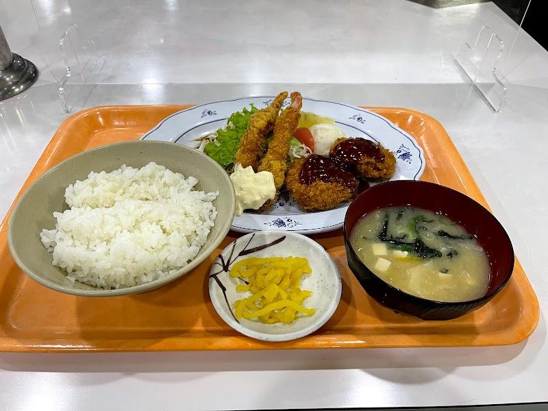 亀井ランチ 熊本市役所地下食堂店