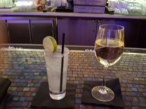 Lounge «Vista Lounge at Wombi Rock», reviews and photos, 1 Mohegan Sun Blvd, Uncasville, CT 06382, USA
