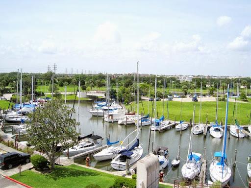 Legend Point Condominiums and Marina, 1300 Marina Bay Dr, Clear Lake Shores, TX 77565, Condominium Complex