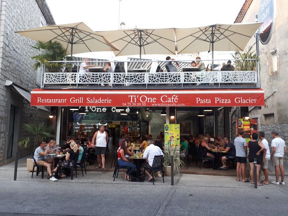 photo du resaurant Ti one café