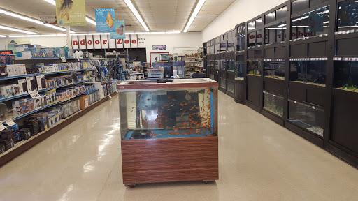 Pet Store «Pet Stop», reviews and photos, 6218 Nieman Rd, Shawnee, KS 66203, USA