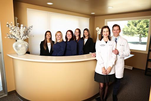 Modern Family Dentists LLC, 6803 Sheridan Rd, Kenosha, WI 53143, Dental Clinic